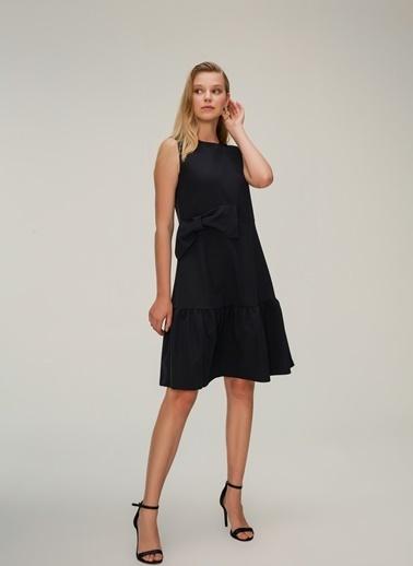 NGSTYLE Fiyonk Detaylı Midi Elbise Siyah